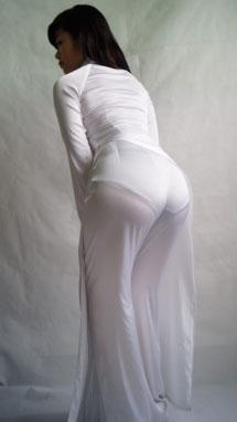 gái áo dài mỏng dính